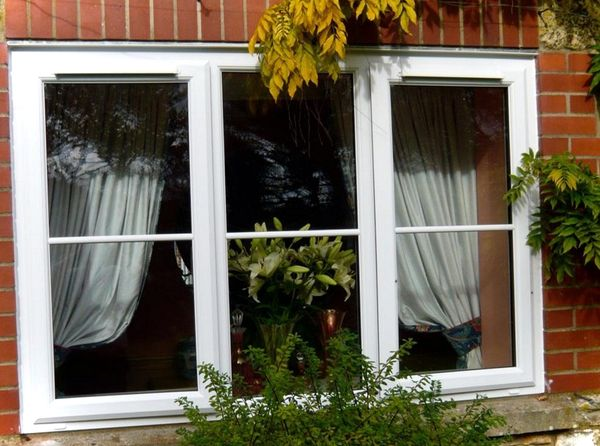 Kak pravil'no uhazhivat' za oknami PVH (2)
