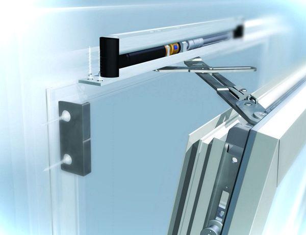 V kakih sluchajah provoditsja remont furnitury okon PVH (4)